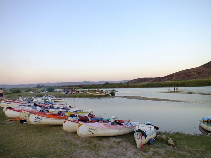 Amanzi Trails - Orange River Canoeing and Camping